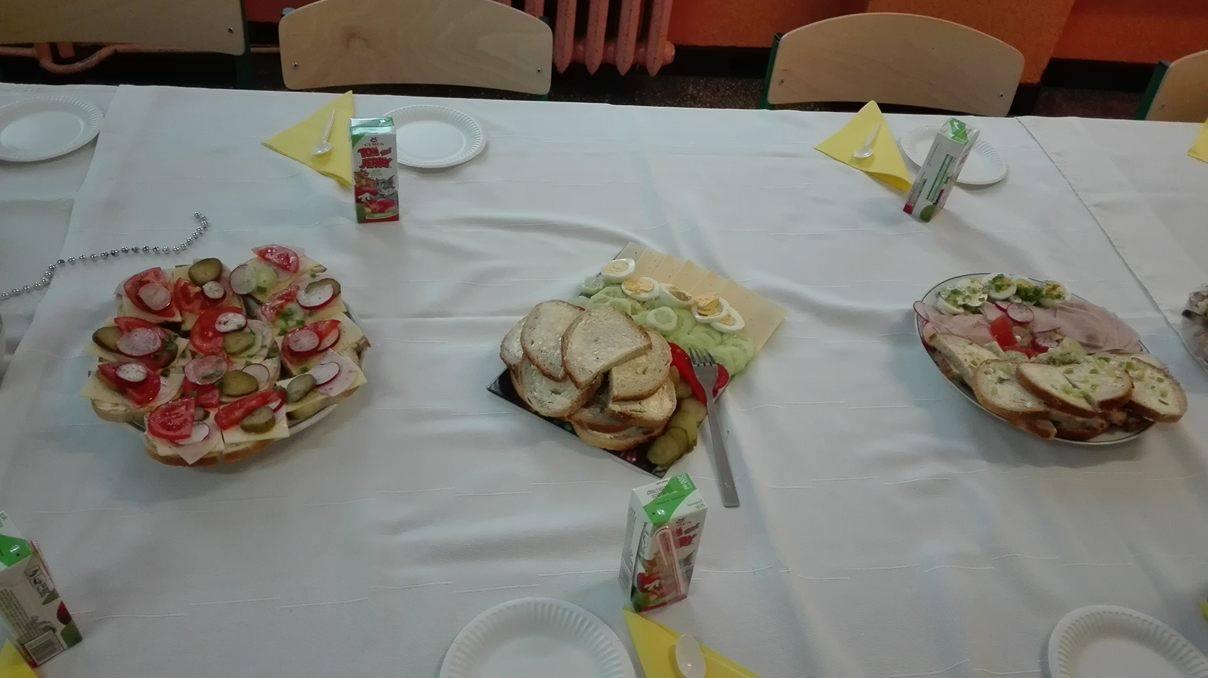stół 3